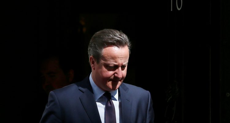 Britain's Prime Minister David Cameron awaits the arrival of Indonesia's President Joko Widodo at Number 10 Downing Street in London, Britain April 19, 2016. REUTERS/Stefan Wermuth/File Photo - RTX2EYAJ